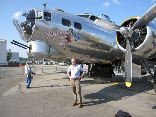 me-in-front-of-b17jpg-670496620dbca78e_large