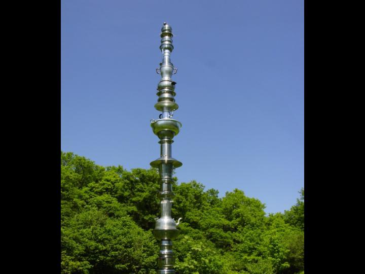 MelsDees-monument sg01