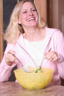 salad-woman-5