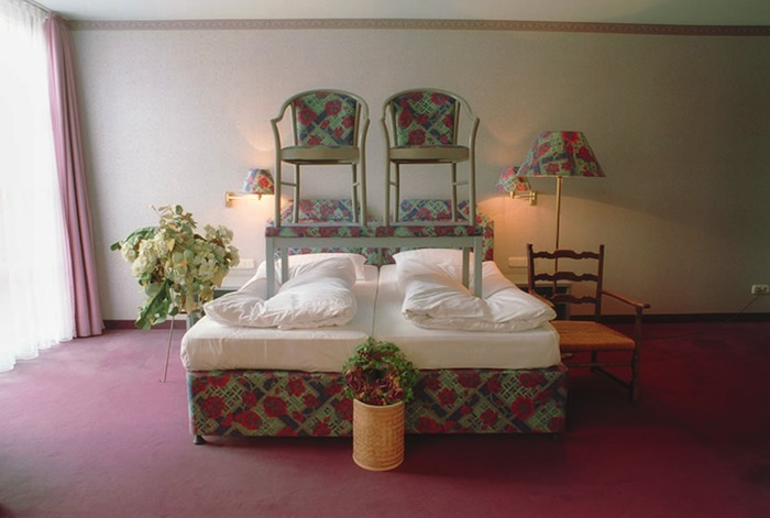 Franziska Sinn, Rooms : Hotelroom Modifications, 2011