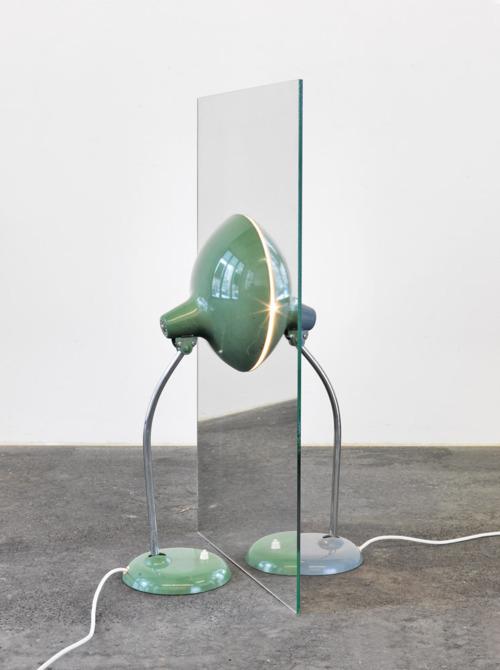Alicja Kwade-Parallelwelt-2010