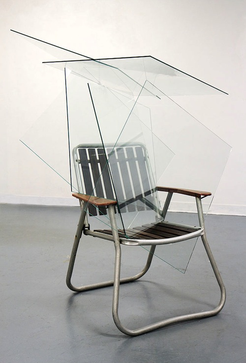 woodeson-ben_that-bit-from-the-omen_-yes-that_2013-glass-and-garden-chair-70x70x160cm