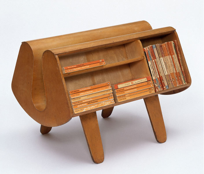 Penguin_Donkey_Bookcase_Egon-Riss-1939