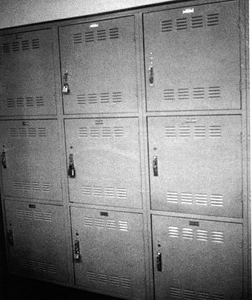 locker-01-burden
